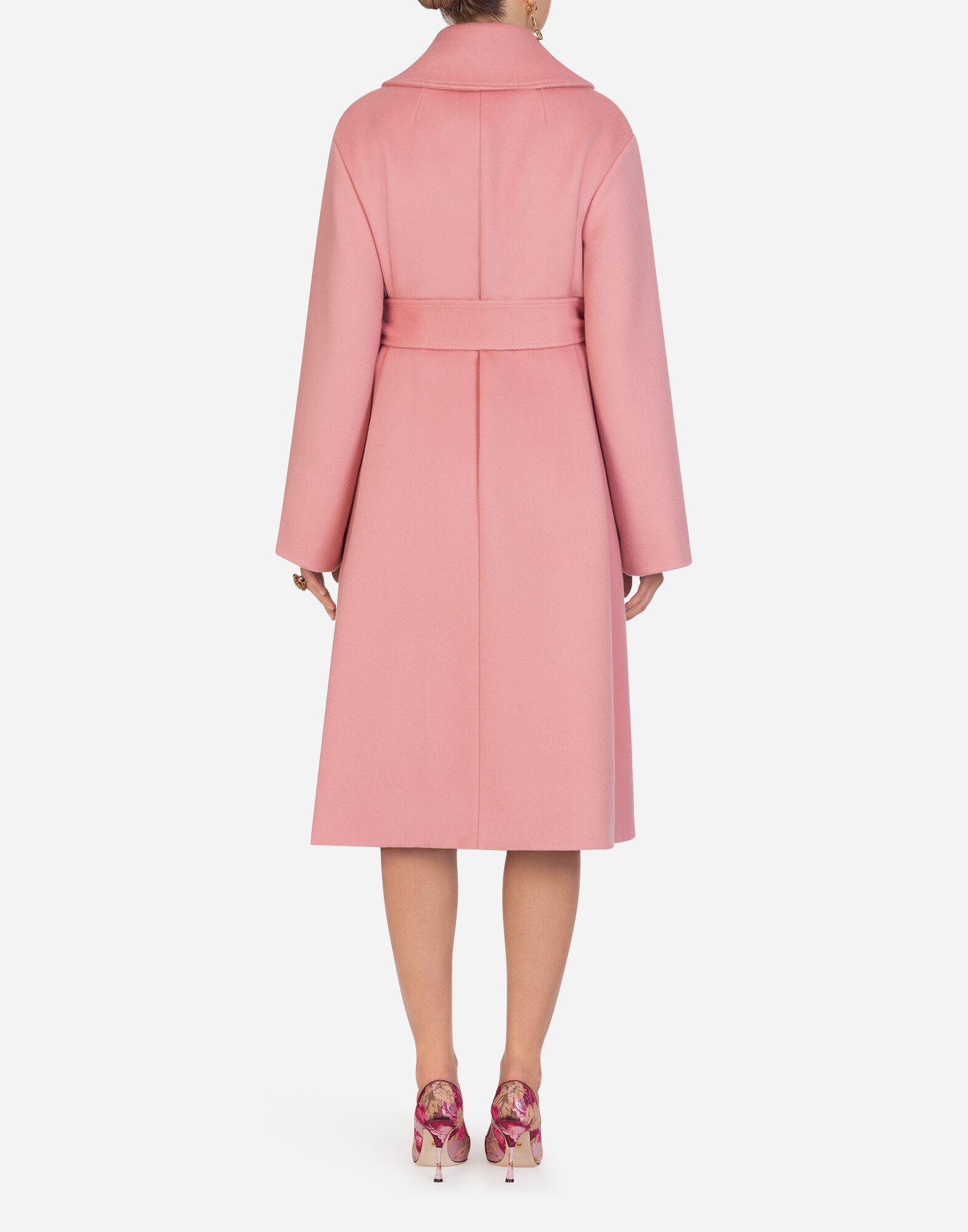 cappotto con cinta rosa donna